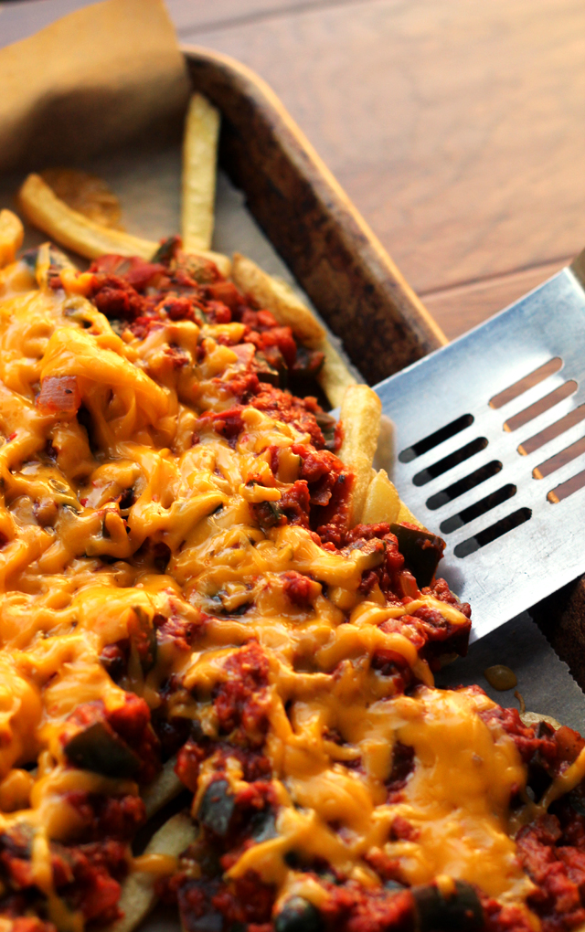 vegetarian-chili-cheese-fries