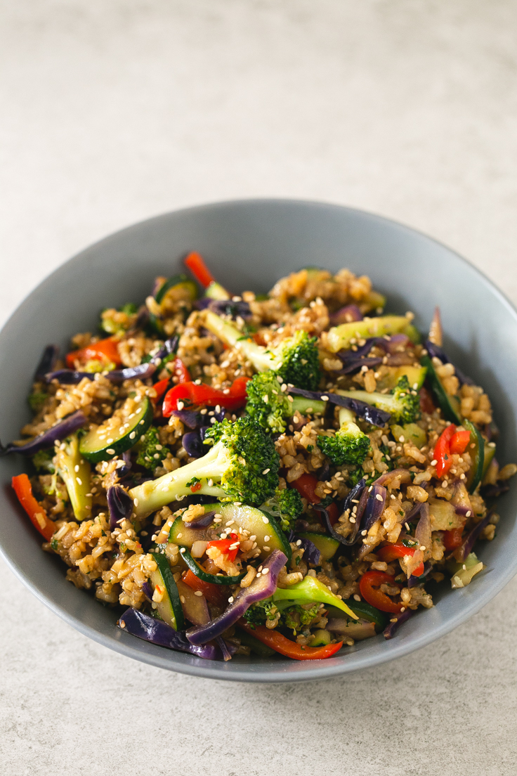 Brown-rice-stir-fry-with-vegetables